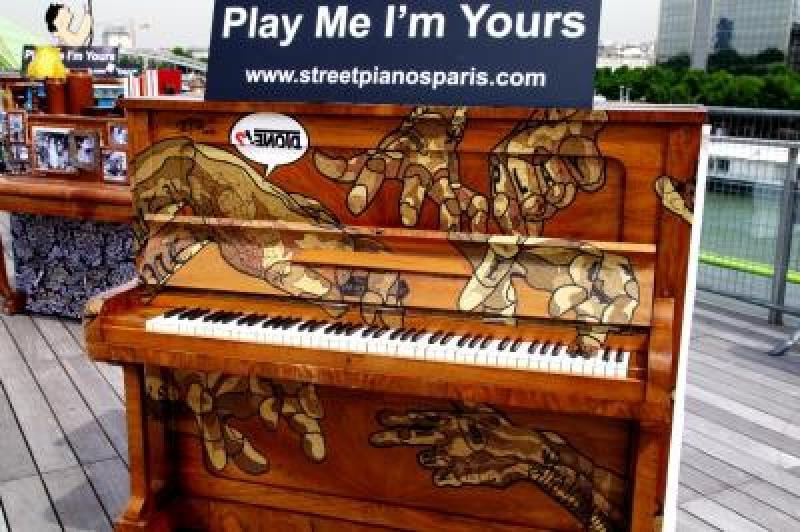 95294-fete-de-la-musique-2013-avec-play-me-i-m-yours
