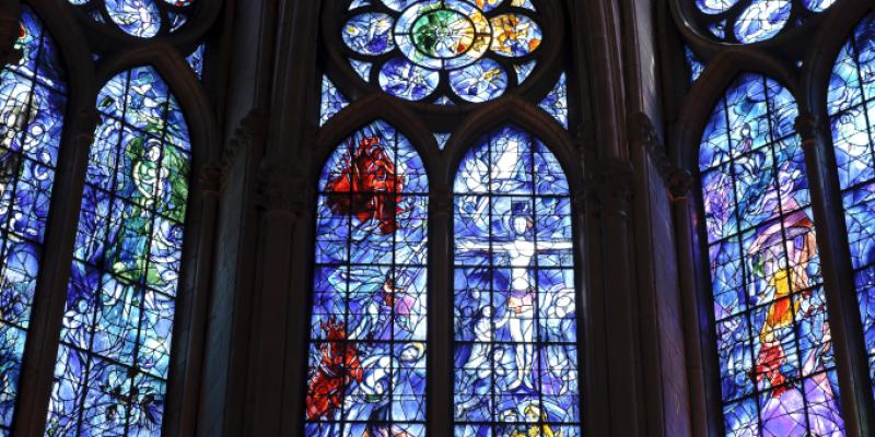 Le musée des Beaux-Arts de Reims met le vitrail en lumière