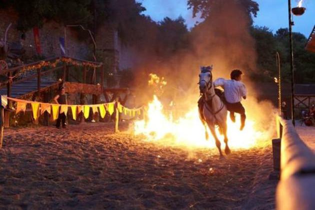 Equestrio_CrinsDeFeu_Provins_LueursDuTemps-630x0