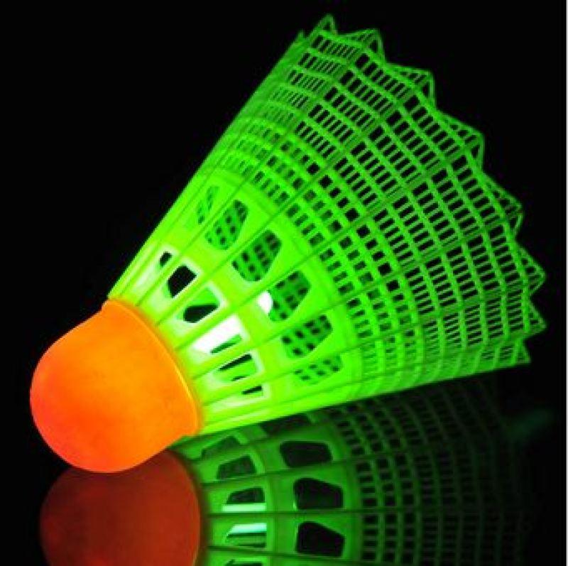 volant-de-badminton-fluorescent_0