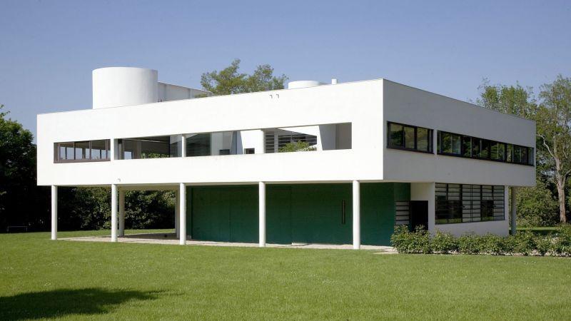 La Villa Savoye construite par Le Corbusier (Charles Edouard Jeanneret Gris) a Poissy en 1928-1931  -------- Ce site respecte le droit d'auteur. Tous les droits des auteurs des oeuvres protégées reproduites et communiquées sur ce site, sont réservés. Sauf autorisation, toute utilisation des oeuvres autres que la reproduction et la consultation individuelles et privées sont interdites. Pour les publier ou les diffuser, vous devez impérativement obtenir l'autorisation préalable de l'ADAGP ou de ses correspondants à l'étranger et acquitter les droits d'auteur correspondants : ADAGP  11 rue Berryer  Paris Tel : (33) 1 43 59 09 79     Fax : (33) 1 45 63 44 89 Email : adagp@adagp.fr <A HREF=