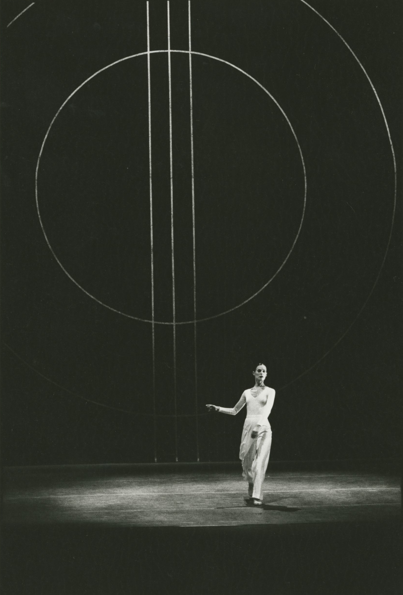 Lucinda Childs Dance 3