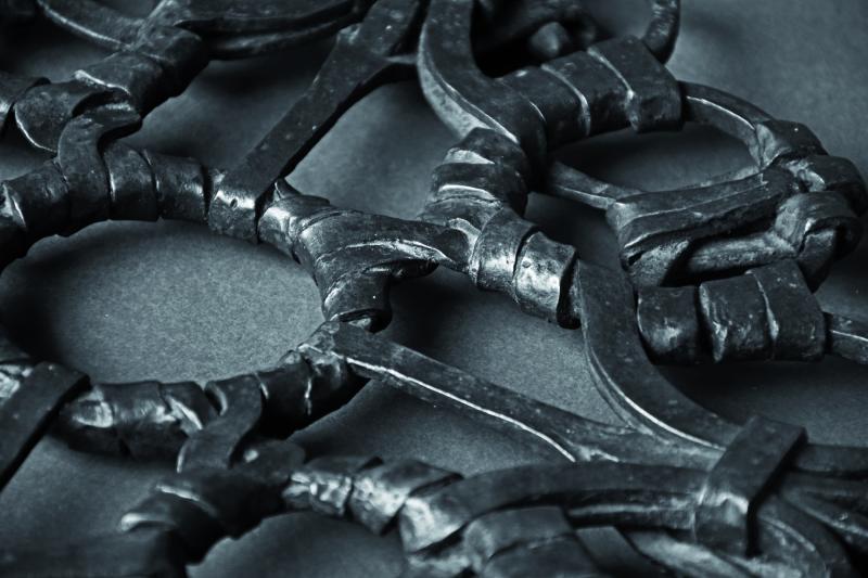 Dessous de plat - Exposition Richard Desvallieres - Dialogue du fer avec le feu - Maison de l'outil et de la pensee ouvriere - Troyes - jusqu'au 30 avril