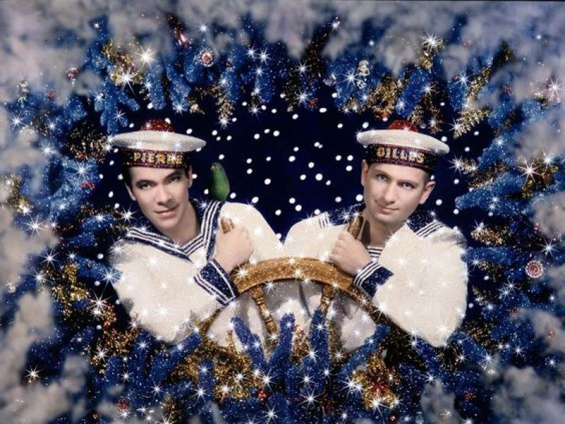 Les Deux Marins (Pierre & Gilles), 1993 Photographie couleur. 32 x 42 cm. 46 x 55 cm avec son cadre
