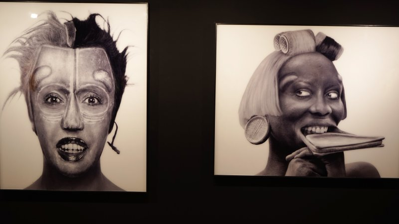 Exposition orlan maison photographie00