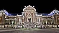 Musee des Beaux Arts de Valenciennes, vue exterieure de nuit