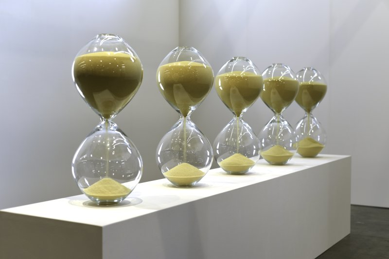 """The Hourglasses (2015), 43'40 – 38'15 – 30'31 – 27'15 – 25'15"""", mold-blown glass, couscous, Medhi-Georges Lahlou, Galerie Rabouan Moussion"""