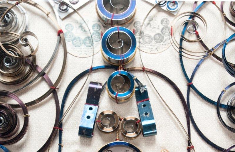 Collection de ressorts d'horlogerie, 1828-1900 A. Chappart, maison fondée en 1828, fabrique de ressorts pour montres, pendules et chronomètres de marine, concourt à de nombreuses expositions.