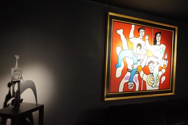 Black room Opera Gallery DSC02504