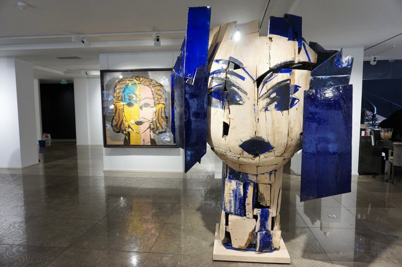 Manolo Valdes Opera Gallery 419