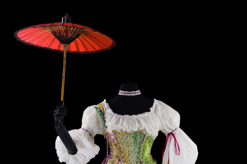 Costume d'Alain Blanchot, danseuse dans Daphnis et Egle et La Naissance d'Osiris de Rameau, Barockissimo, Abbaye aux Dames