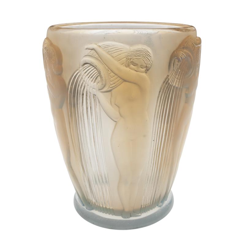 René Lalique, Vase Danaïdes, 1926 - Exposition Retour aux sources au Musée Lalique