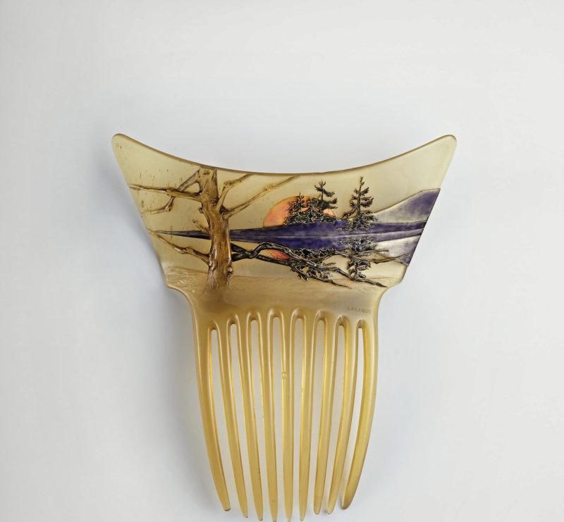 René Lalique, Peigne Paysage Soleil levant, v. 1900 - Exposition Retour aux sources au Musée Lalique
