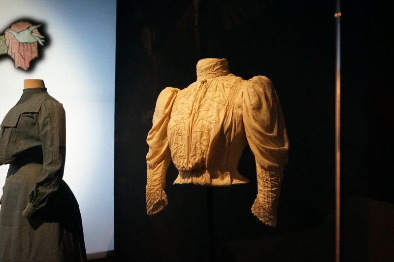 Exposition Modes! A la ville comme a la Scene au CNCS de Moulins - Sarah Bernhardt
