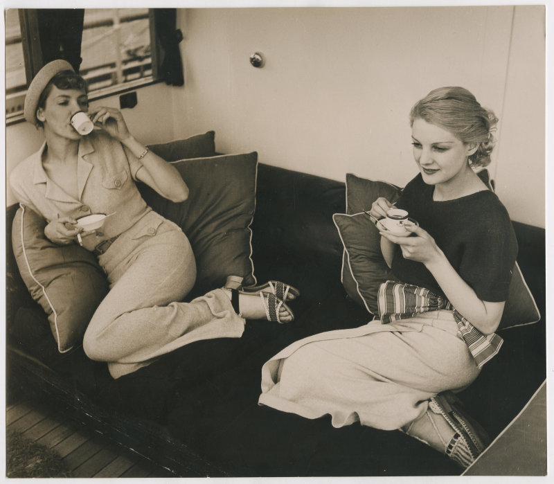 Harper's Bazaar, Jean Moral 1934
