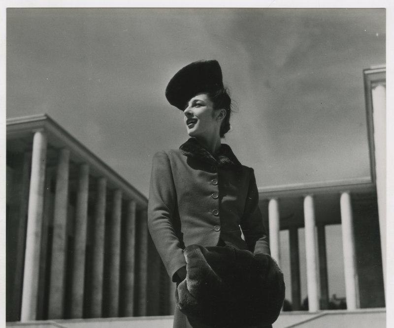 Harper's Bazaar, Jean Moral 1938