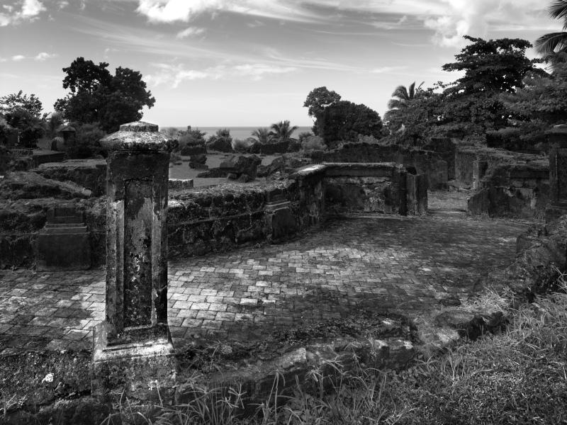 © Jean-Luc de Laguarigue, Ruines de Saint-Pierre, Ruines de l'église du fort, 2014