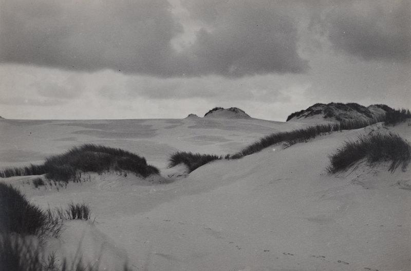 Sans titre (Paysage de dunes), entre 1927 et 1933, Raoul Hausmann, Jeu de Paume