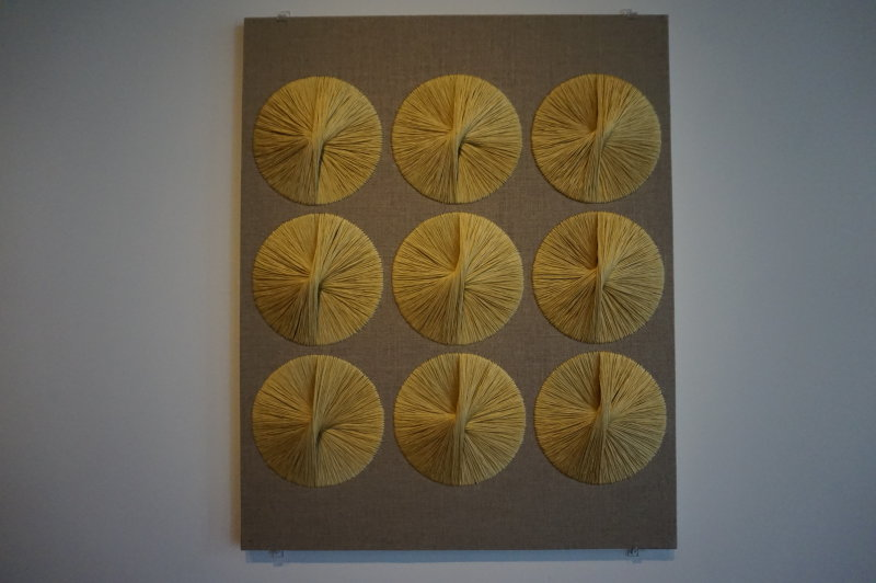 Vue de l'exposition Sheila Hicks, Lignes de vie - Centre Pompidou (98)