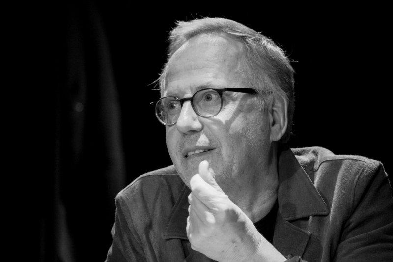 Fabrice Luchini, des écrivains parlent d'argent au Théâtre de la Michodière