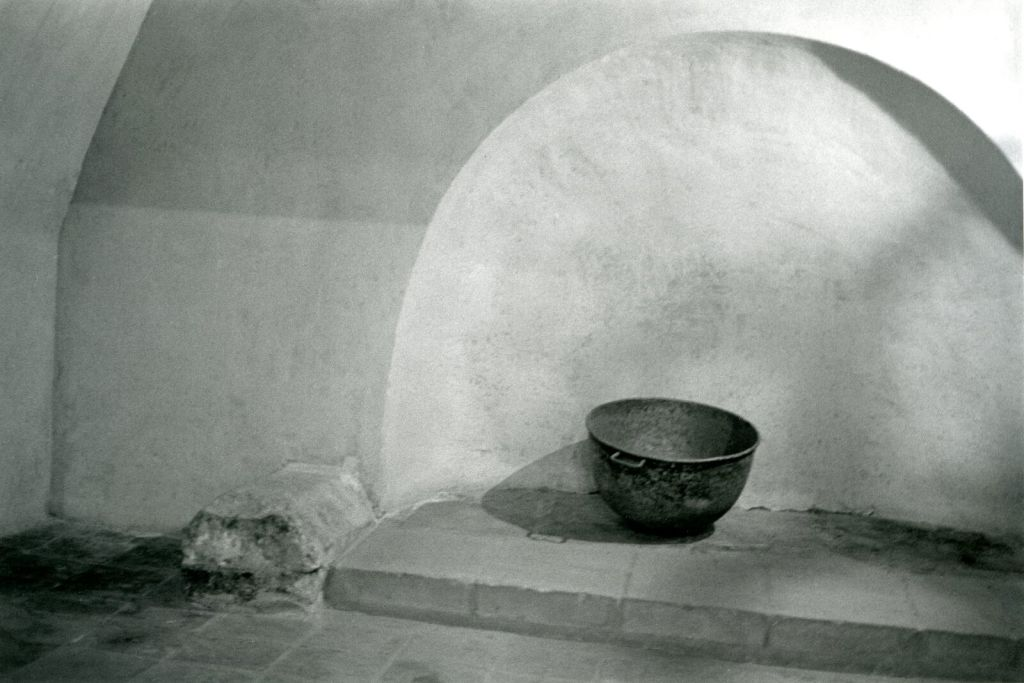 Bernard Plossu, AlbarracinTerruel, 2006 - Exposition Bernard Plossu, País de piedras à l'Abbaye de Flaran