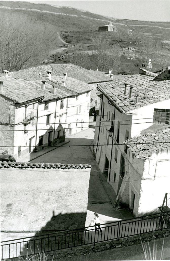 Bernard Plossu, Villaroya, 2013 - Exposition Bernard Plossu, País de piedras à l'Abbaye de Flaran
