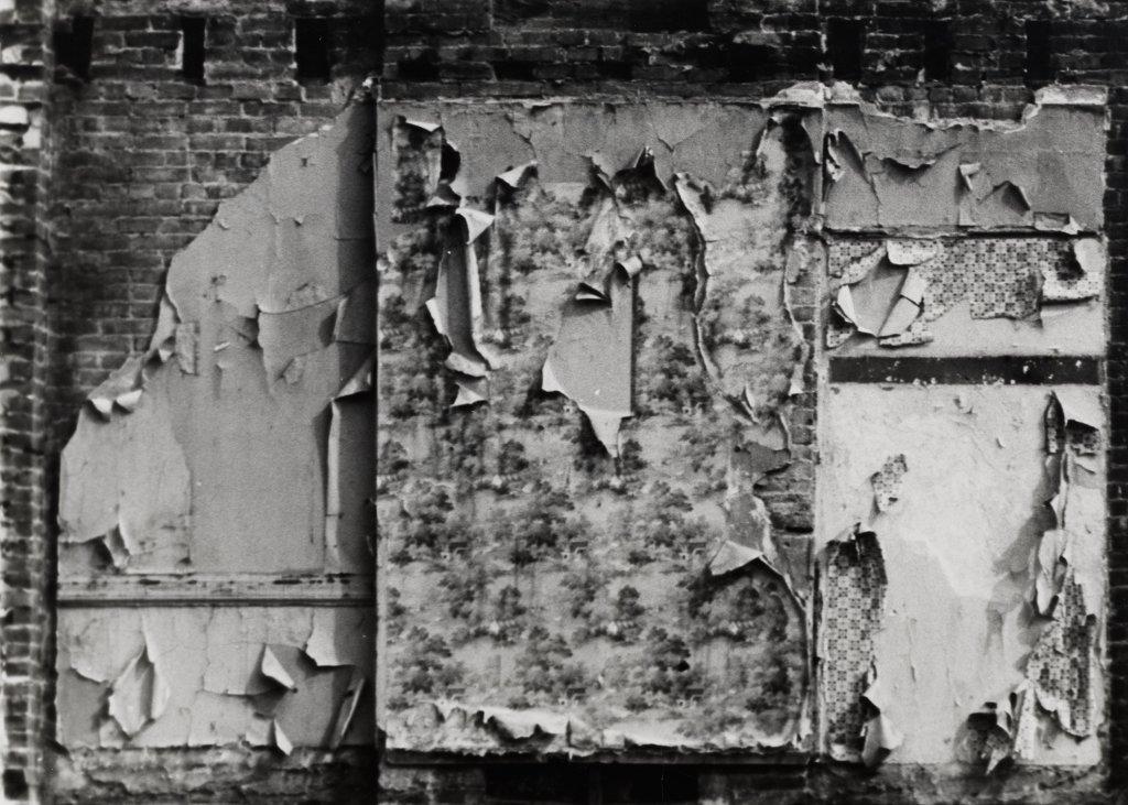 Gordon Matta-Clark, Bronx Floor : Boston Road, 1972