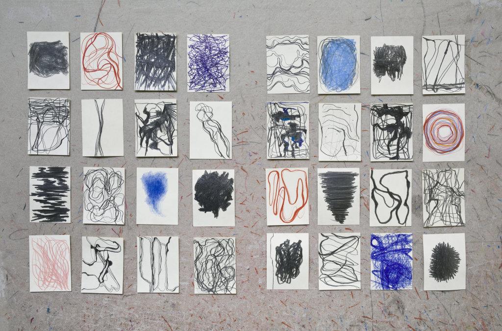 Gilgian Gelzer, Stroke, 2009-2017. Graphite, crayons de couleur et stylo-bille sur papier, 32 x (9,5 x 7 cm)