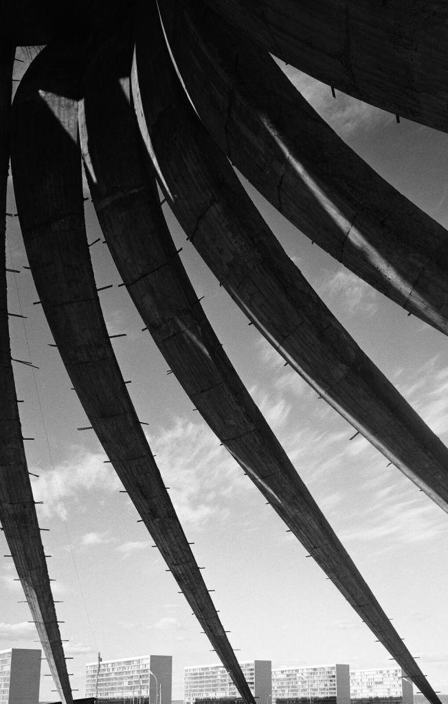 Lucien Hervé, Cathédrale, Brasilia, Brésil (architecte Oscar Niemeyer), 1961