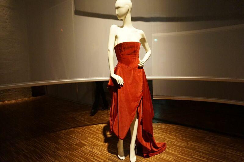 Espace D de Noémie Walker - 2eme robe