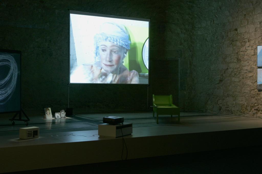 Joan Jonas, Lines in the Sand, 2002, installation, Museu d'Art Contemporani de Barcelona, 2007. Photo by Juan Andres Pegoraro