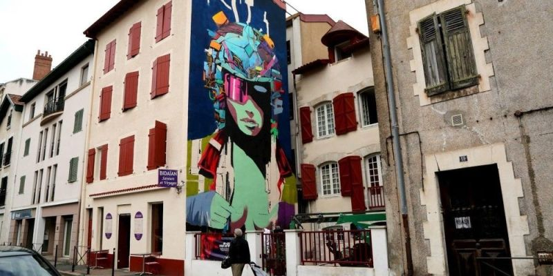 Deih-Bayonne France