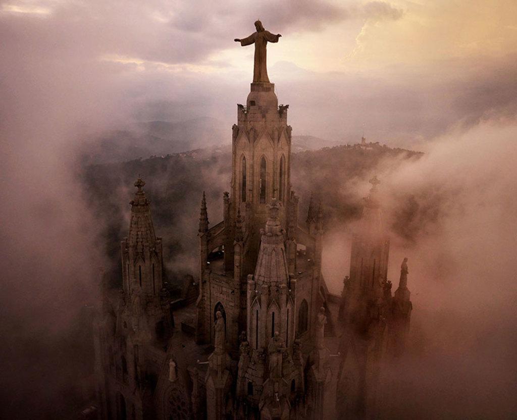 Drone-Barcelona-Church