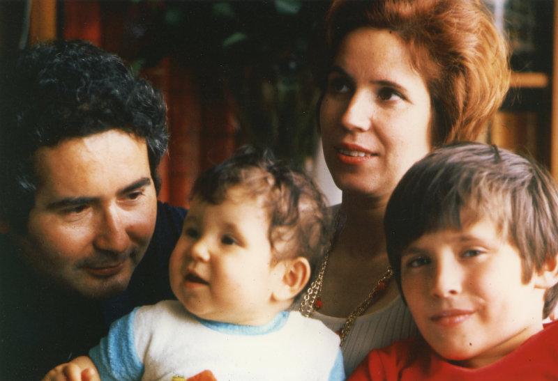 La famille Klarsfeld à Paris, 15 août 1973 Coll. Klarsfeld