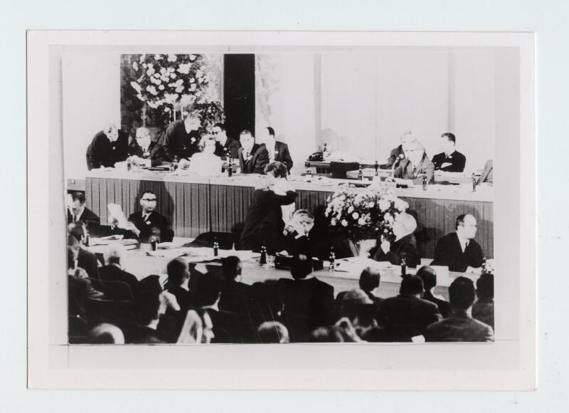 La gifle au chancelier Kiesinger au congrès de la CDU à Berlin-ouest, 7 novembre 1968. Coll. Klarsfeld