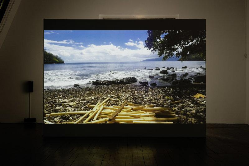 Exposition Océans, une vision du monde au rythme des vagues au Fresnoy - Navarro_Hydrohexagrams, Tidalectics, 2017, janvier 2001