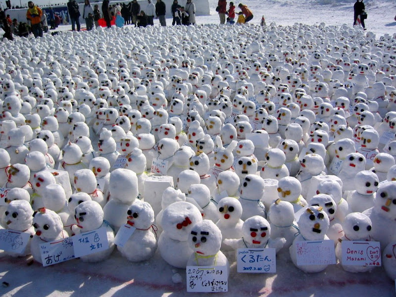 Make a snowman for someone special for Valentine's Day