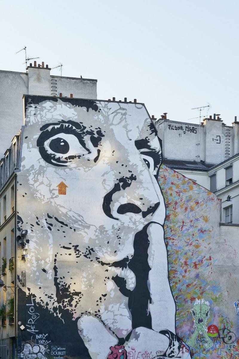 'Shhh' Graffiti, Paris