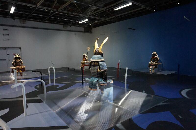 Vue de l'exposition Daimyo au Palais de Tokyo