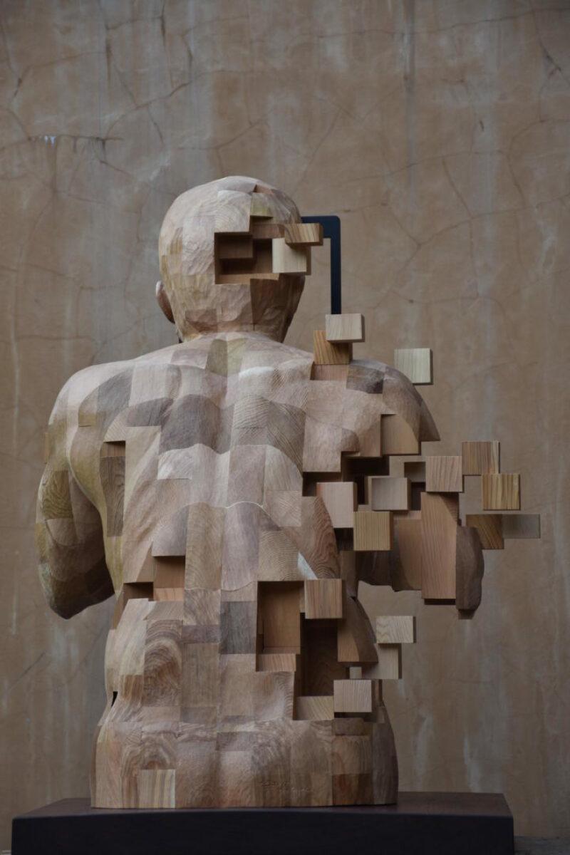 08. Sculpture Glitch - Hsu Tung Han