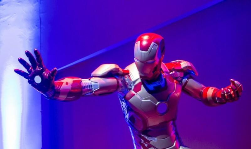 Les super-héros au Yoyo du Palais de Tokyo