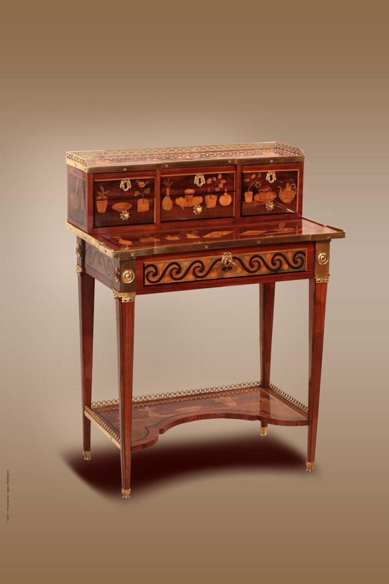 Bonheur du jour en placage de bois de violette. époque Louis XVI, Philippe Bourgeois expert en mobilier XVIIIä siäcle