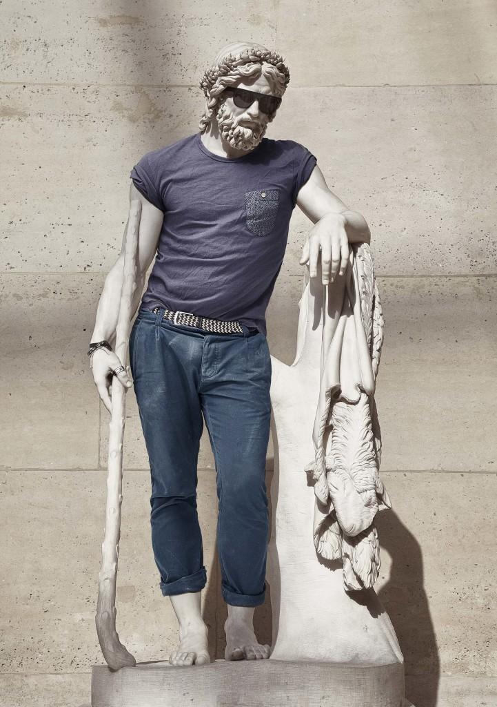 Hipster in Stone par Leo Caillard_1