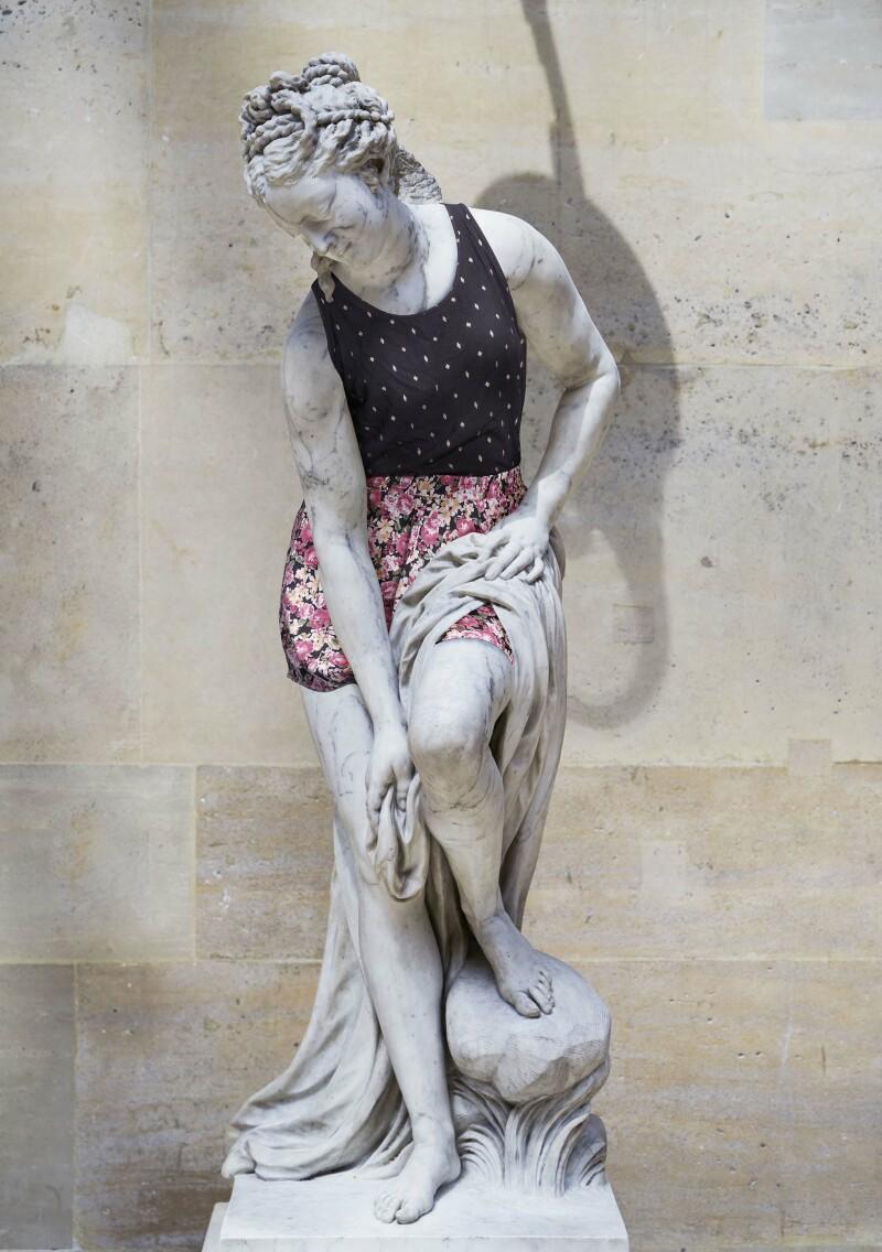 Hipster in Stone par Leo Caillard_28