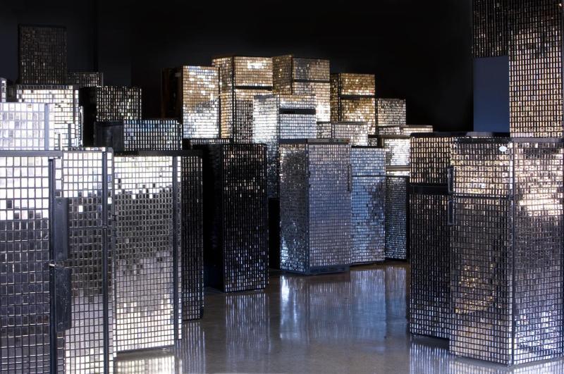 Kader Attia, Untitled skyline, 2007-2012 (c) Collection MAC VAL