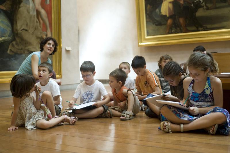 La Classe à l'oeuvre au Louvre (c) Solidarité et Progrès