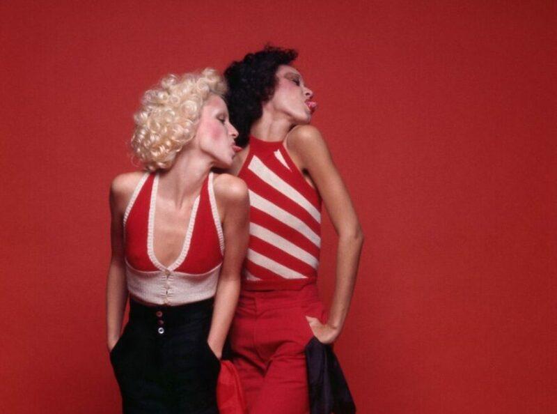 Pat Cleveland et Donna Jordan, 1972 - Copyright Peter Knapp