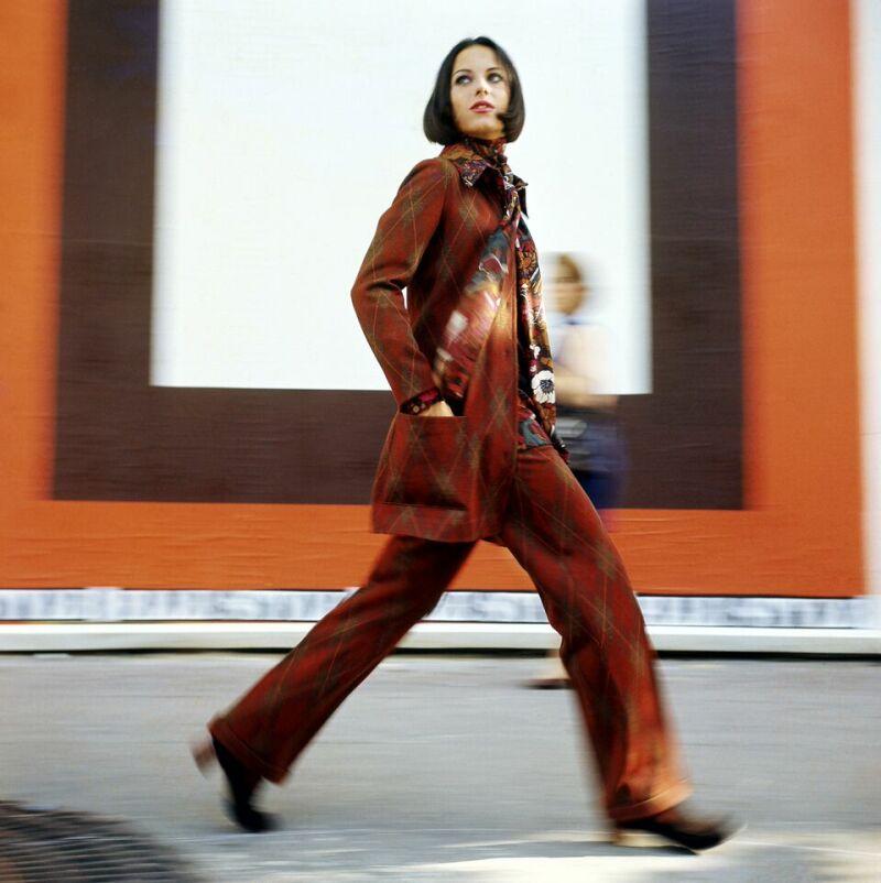 Pour Elle, Rita Scherrer, Paris, 1969 - Copyright Peter Knapp
