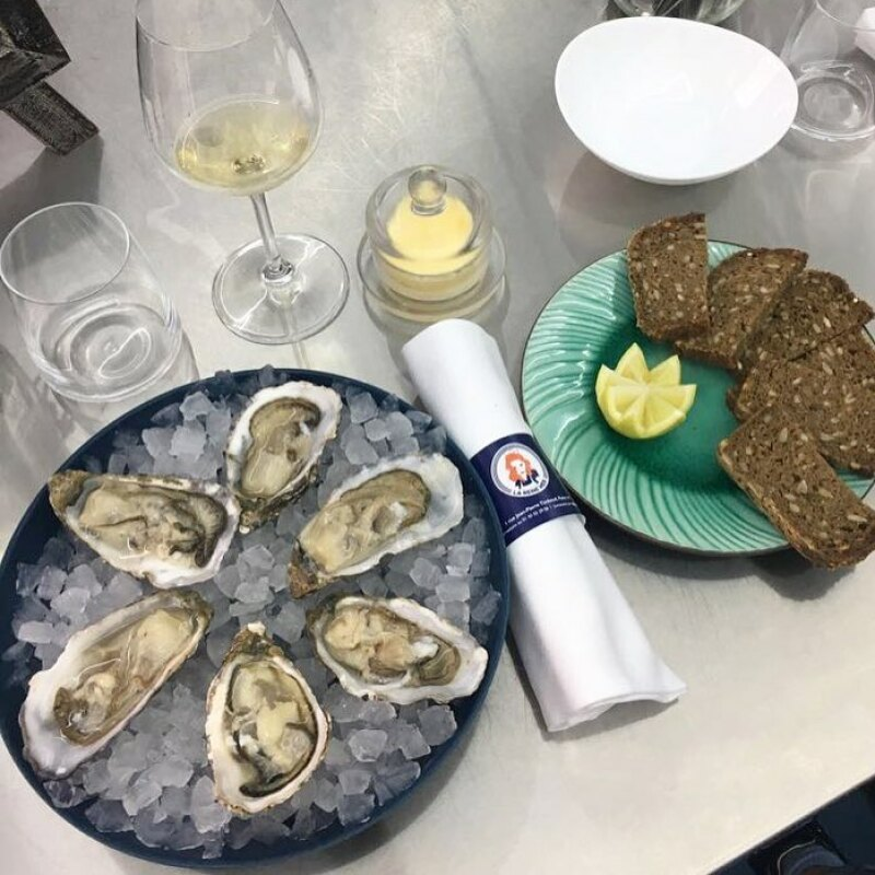 Reine Mer - Oyster Hour