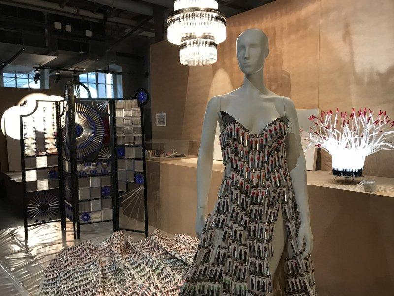 Vue de l'exposition La Collection Bic - Cenquatre Paris (15)